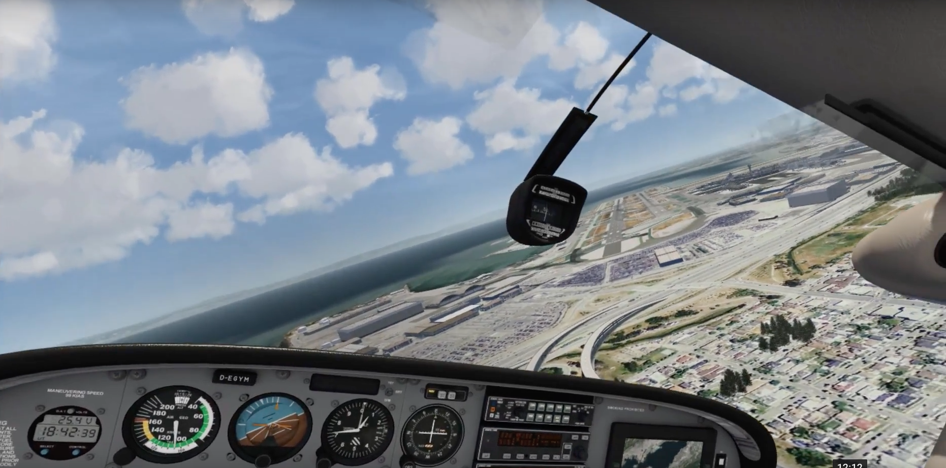 X-Plane 11 VS Aerofly FS 2 - VR Flight World